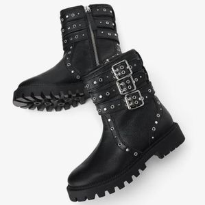 Zara  Leather Ankle Boots With Buckles size 39